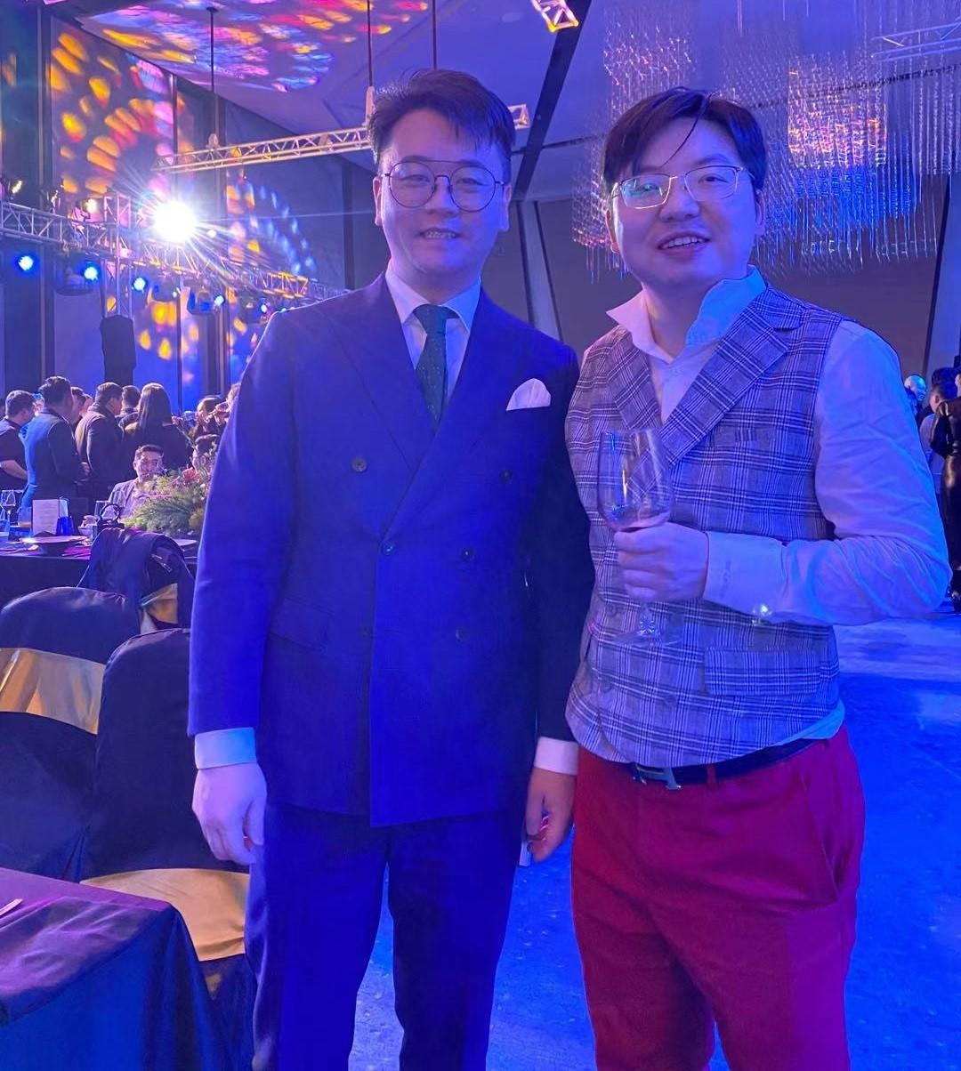 雷雨明先生与吴巍先生合影